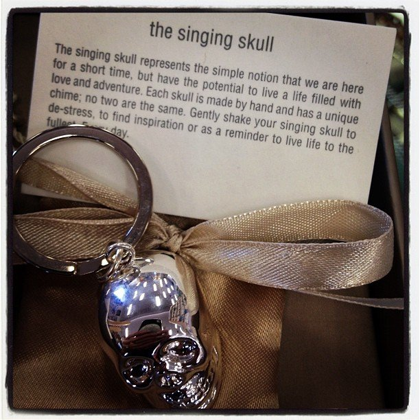 In love with this chiming #skull #keychain #soulscapelife #encinitas