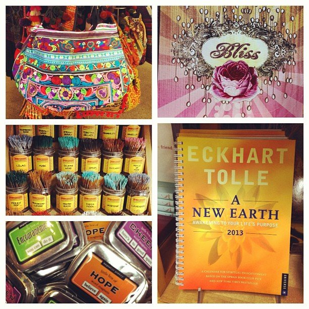 Just a few of our favorite things! #wildberryincense #papayaart @papayaart #thaipurse #newearth #eckharttolle #inspirationmagnets #encinitas #soulscapelife