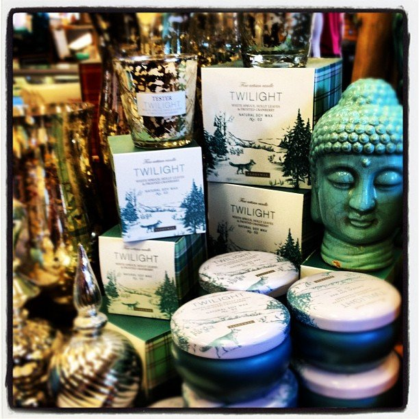 Time to light up these long nights! Illuminate your home with #paddywaxcandles #mercuryglass #encinitas #soulscapelife #buddha #perfectgift