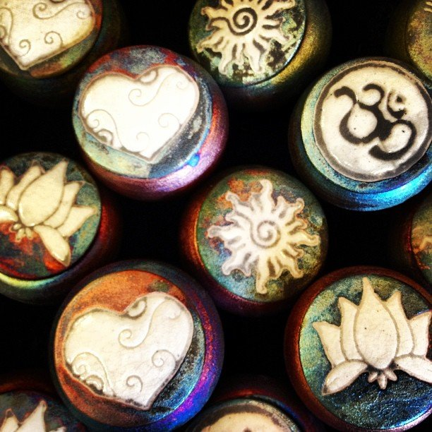 Sweet little dream catcher jars #raku #dreamcatcher #om #sun #heart #lotus #kokopelli #localartist #encinitas #soulscapelife