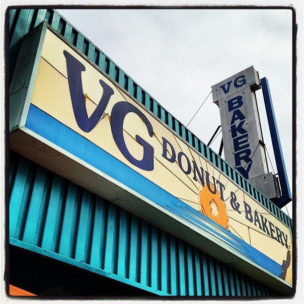 Happy birthday donuts! We  you Key! #vgs #cardiff #vgsdonuts
