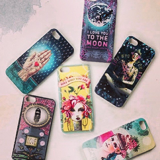 Yay! They're here! #iPhone4 & #iPhone5 cases from our favorite artist!