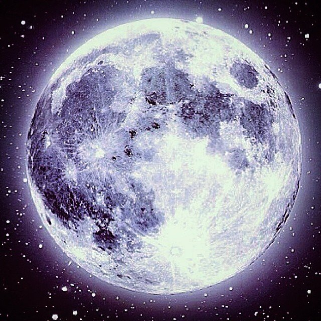 Time to charge some crystals under the #supermoon... Sweet dreams....