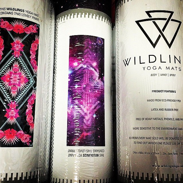 Wow. these #wildling yoga mats are so gorgeous. Makes me want to get out of bed right now and go to #yoga. Love the names of their prints - #shenandoah #haleakala