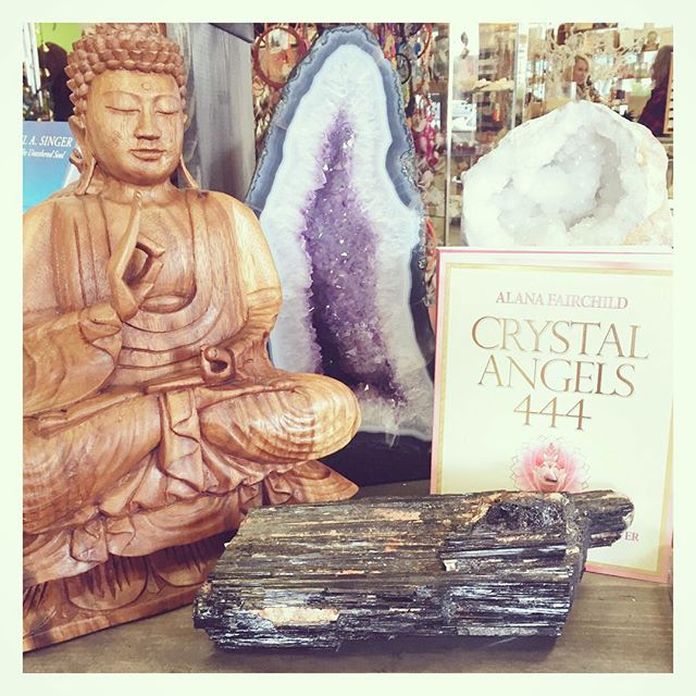 #buddha , #books and #crystals . What more do you need to start your #weekend? last day to receive 40% off #blacktourmaline ! All other crystals are 20% off! Kindly note, no holds on crystals during sale, loose crystals only (jewelry, crystal books, salt lamps, pendulums and other crystal related items are excluded from sale).