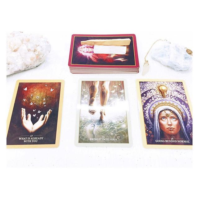 It's safe to say we're more than slightly inlove with all of the decks from #alanafairchild ! Have you played with the #sacredrebels #oracle deck yet? It's pretty phenomenal and we're sure you'll love it too!