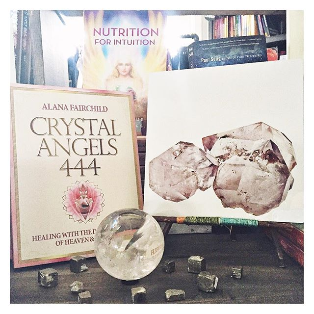 #mercuryretrograde is officially here. We're choosing to stay in the #positive of this #cosmicenergy and #lookwithin . We're surrounding ourselves with #crystals , #books and #beautiful #art to help keep us #bright and in the #light . What are you doing to #support yourself during this time of #reflection ? #crystalangels444 #nutritionforintuition #doreenvirtue #alanafairchild #angels #crystalprints #pinkskypurplemoon #megankoylphoto #quartz #pyrite
