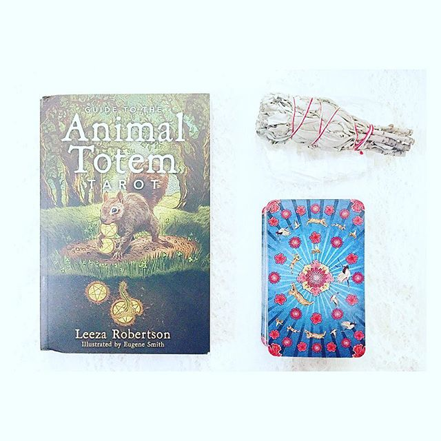 """Join #SoulScape and Leeza Roberts on Wednesday May 18 at 6pm for a #free #workshop ! Leeza will discuss her #tarot #deck , Animal Totem Tarot and will be available to answer questions.  Don't forget to use code word """"mom"""" to receive 20% off one item now through Sunday May 8, 2016 (exclusions apply)!"""