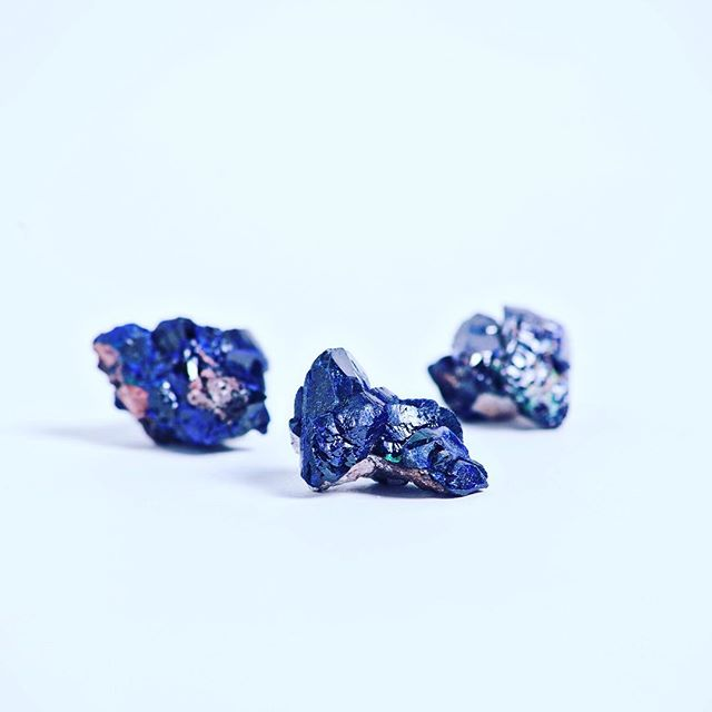 #azurite helps us to connect with our #thirdeye #chakra . It has been used by the #ancients to stimulate deeper #awakening and to work directly with #celestial #energy . It is also a stone that strongly connects the #goddesses #isis , #athena and #Sophia . Don't forget about our #vintage #crystal #party this Sunday December 4, 2016 6-8pm!