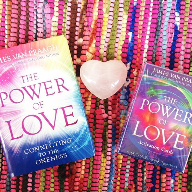 Come meet renowned medium James Van Praagh this Thursday 2/9/17 at 6pm at the #poweroflove #booksigning !