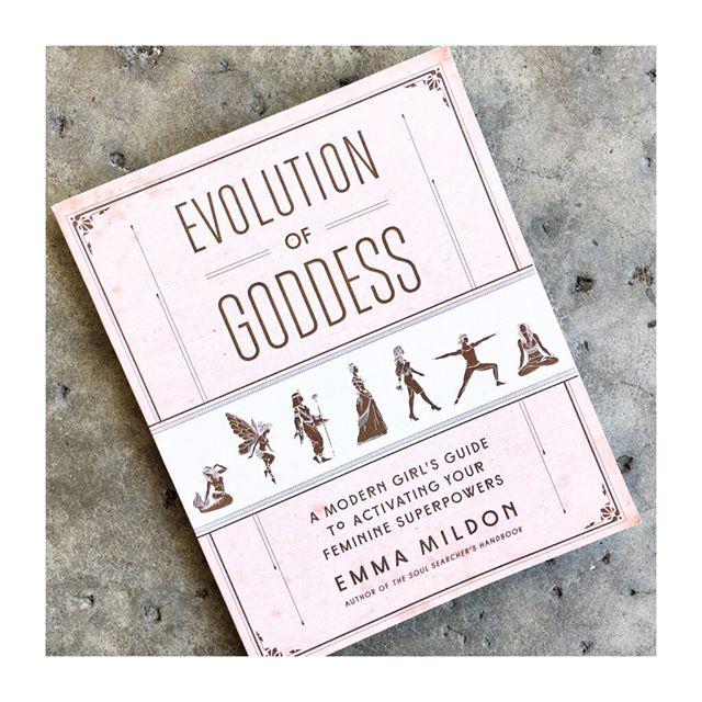 Ooooh!!! We have been eagerly awaiting the arrival of this book!! @emma.mildon #evolutionofgoddess #goddess #emmamildon #feminine #newbook #books #modernmetaphysics #innergoddess #soulscape #encinitas